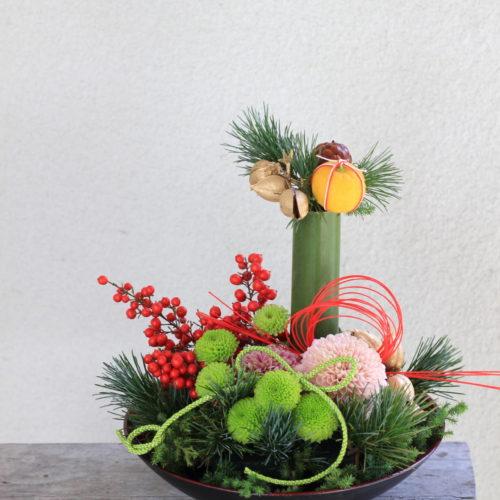 *お正月向けのアレンジや花材のご予約を締め切りました
